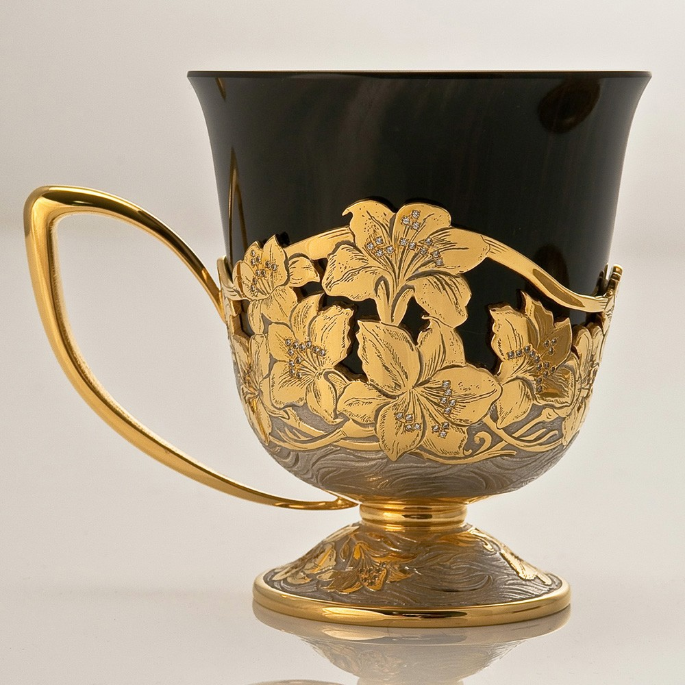 Gold and Obsidian Mug