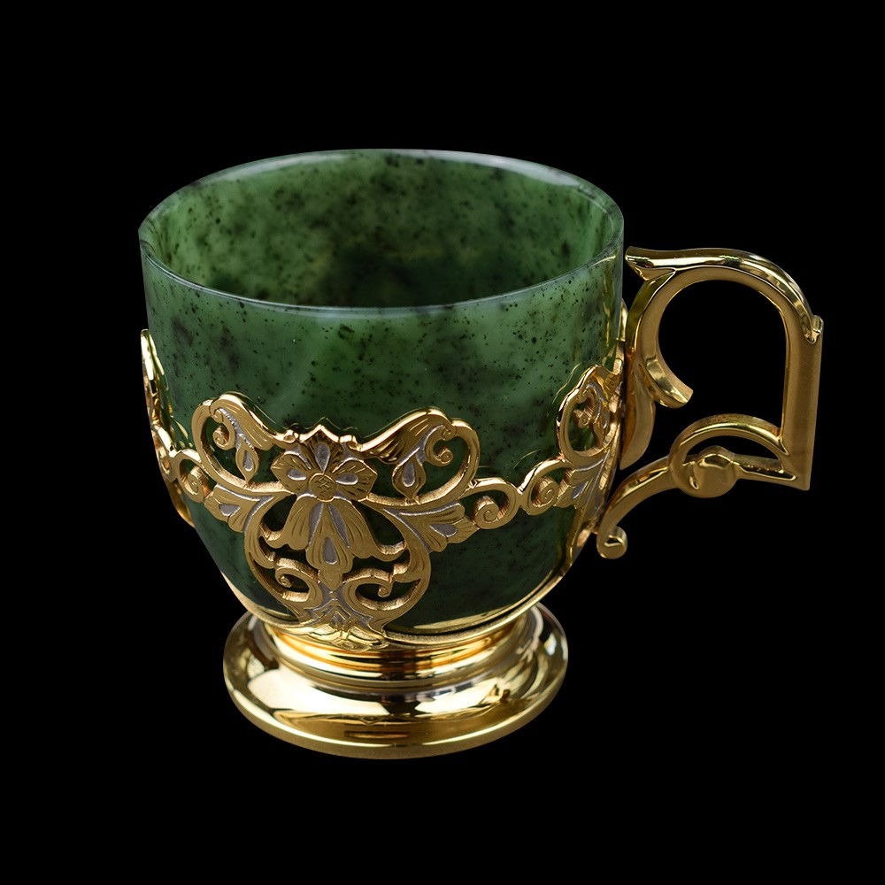 Jade mug with gold