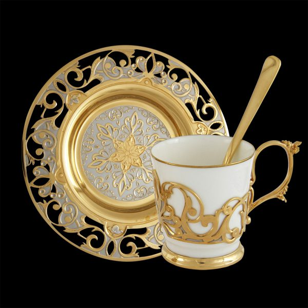 Exclusive gold coffee cup with saucer