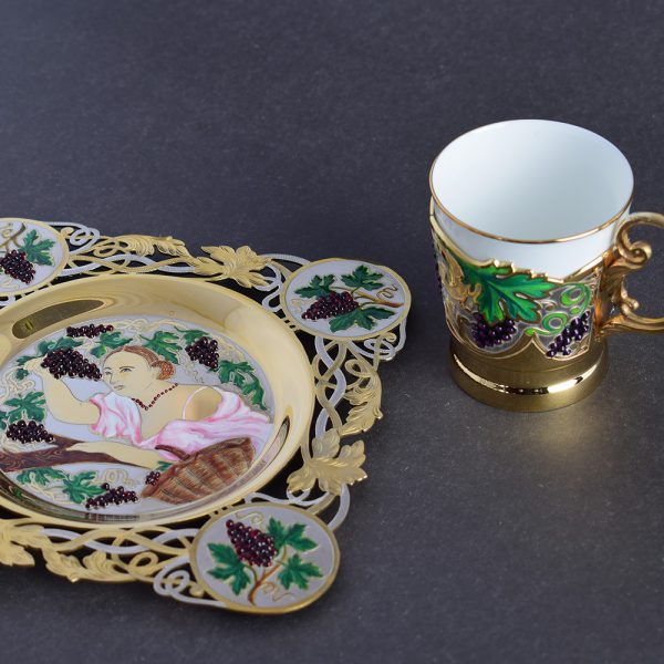 Coffee Set - Woman with Grapes