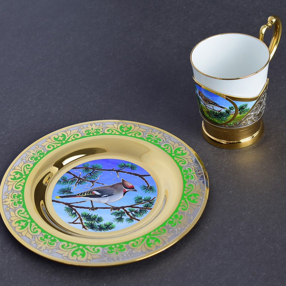 Designer dishes for Kuwait's wife