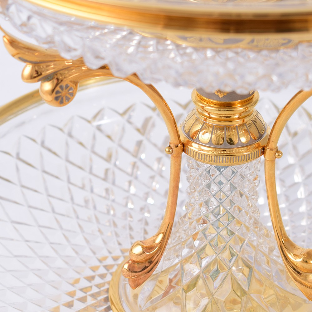 Handmade Crystal Vase with Gold Elements - Luxury Boutique in the UAE
