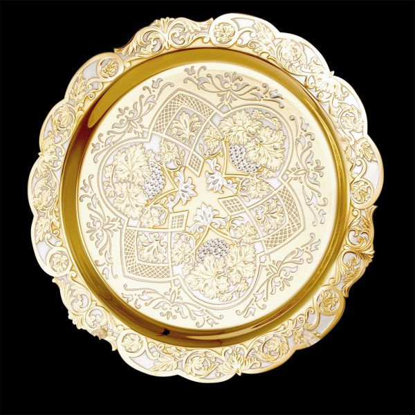 Handmade gold plate with exquisite decor