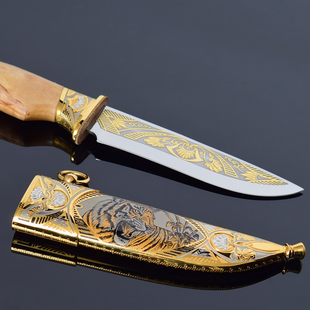 Tiger knife in a gold version