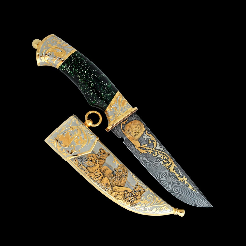 Luxurious handmade knife with the image of lions