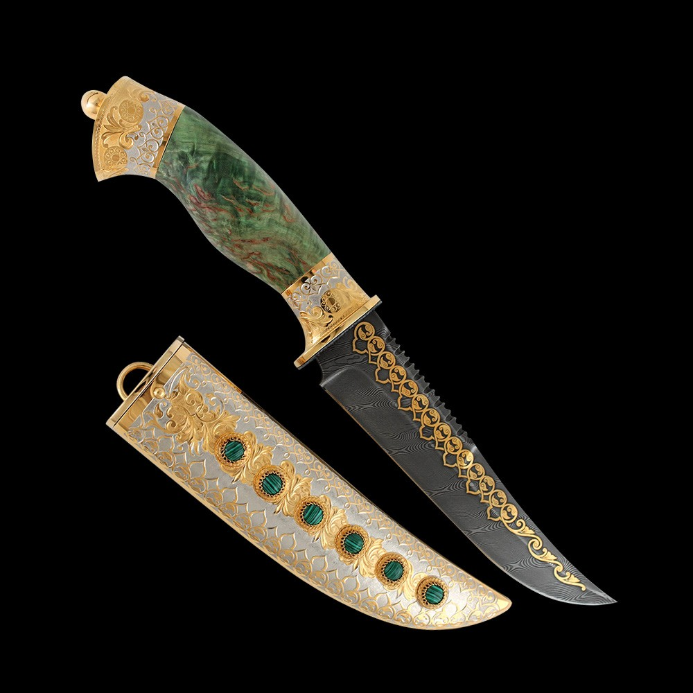 Each gift knife from the masters of Zlatoust is a vivid example of handmade and inspired collective creativity. Weapon makers, artists and engravers worthily keep and develop the Zlatoust traditions of metal decoration.