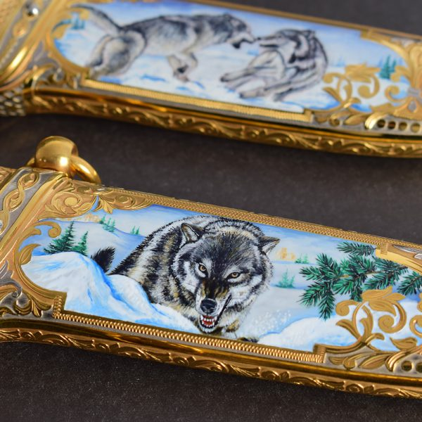 Wild wolf on the sheath of a gift knife knife