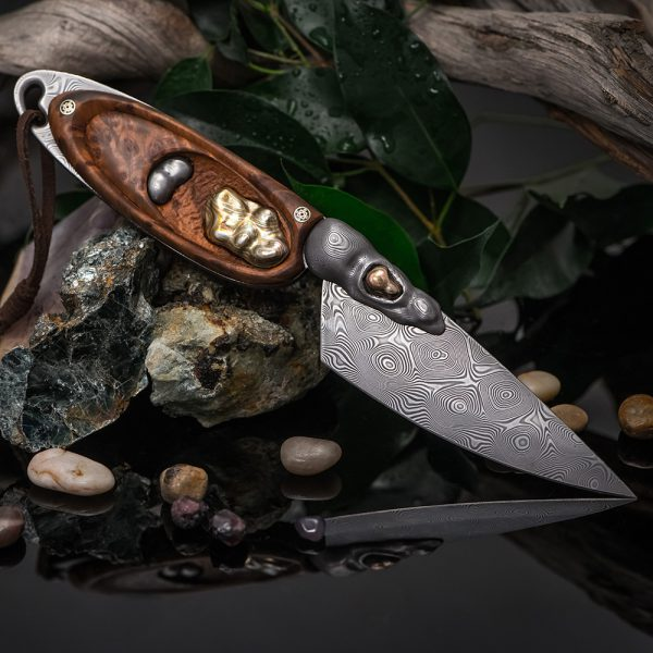 Japanese handmade knife. Author's work of Natalia Ryabinina and the forge of Vladimir Gerasimov