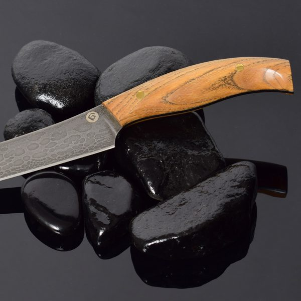 An exclusive kitchen knife made of the legendary bulat steel from Sergey Baranov.