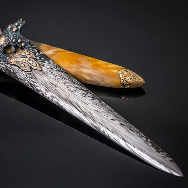 Blade from art Damascus.