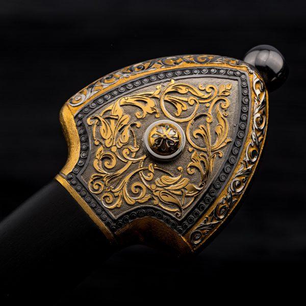 Dagger hilt - a work of art made of noble materials (Gold, Rhodium, natural wood)