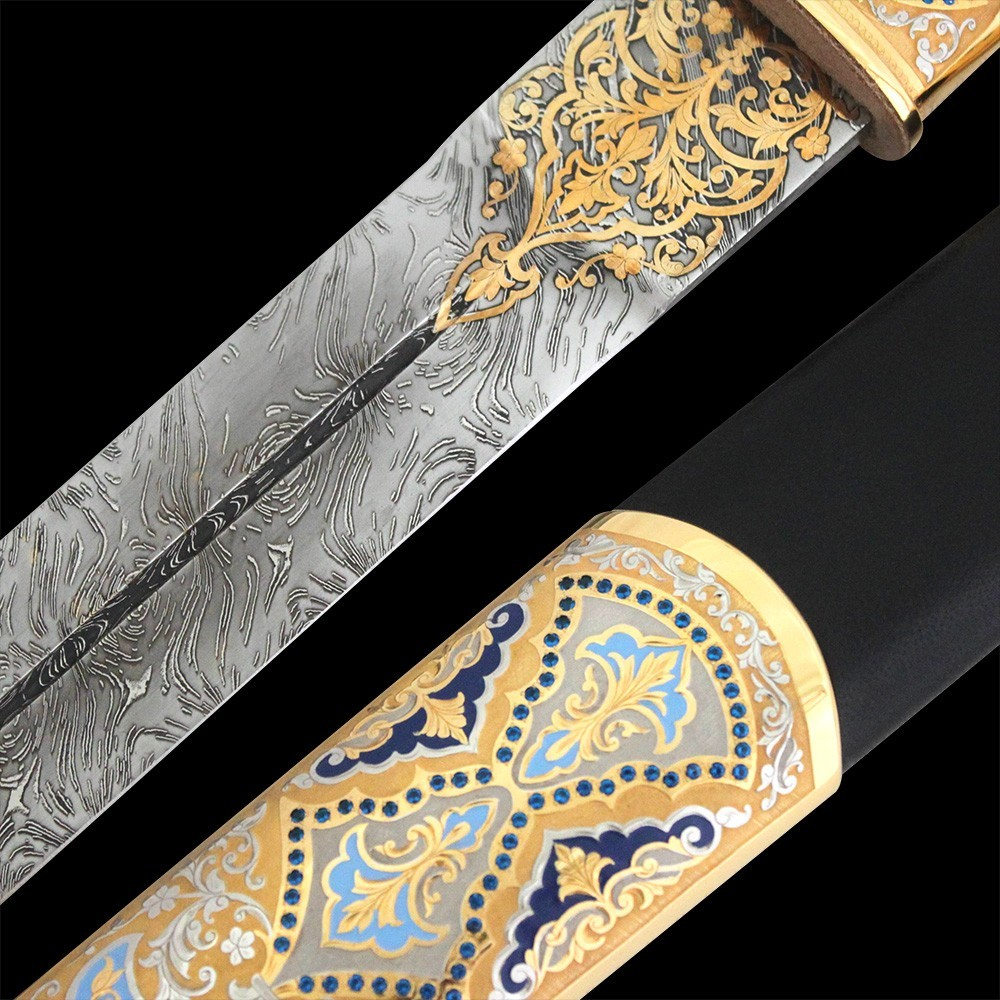 Damask steel blade with a notched pattern.