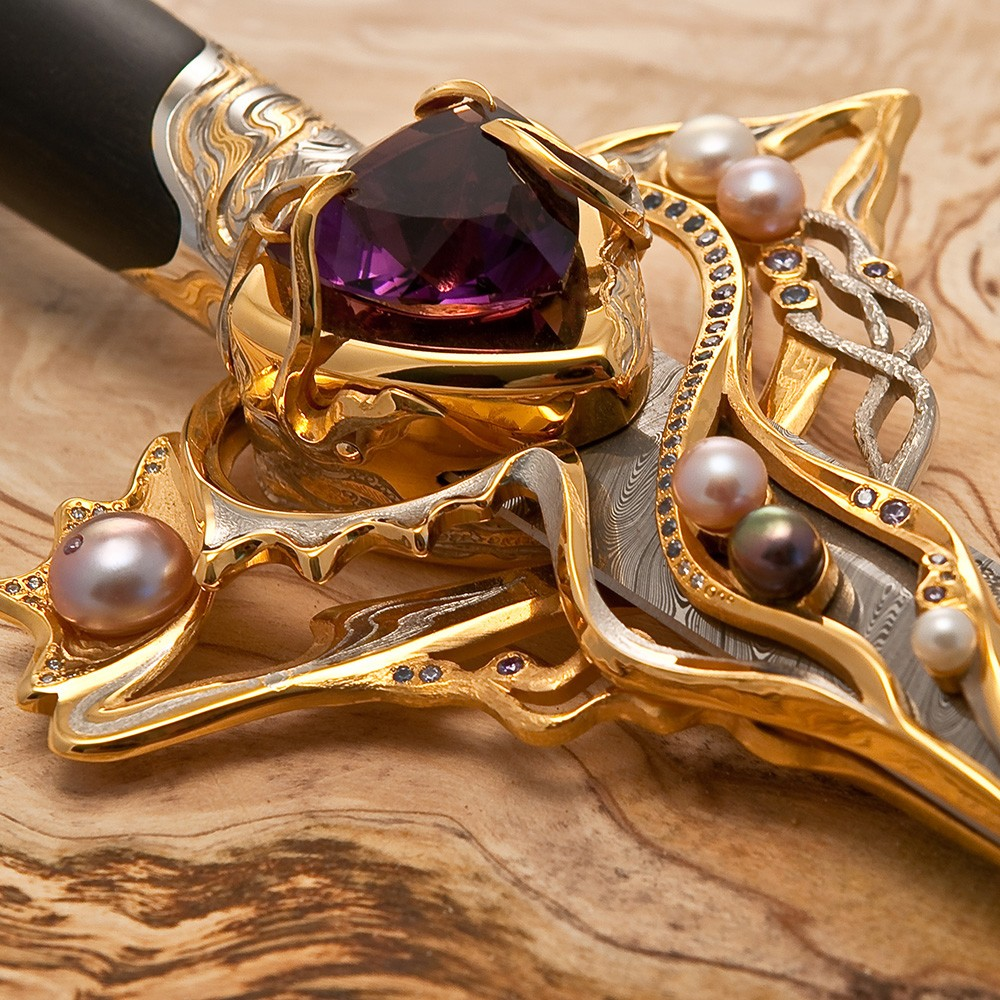 Exclusive handmade work - stylet studded with pearls and precious stones