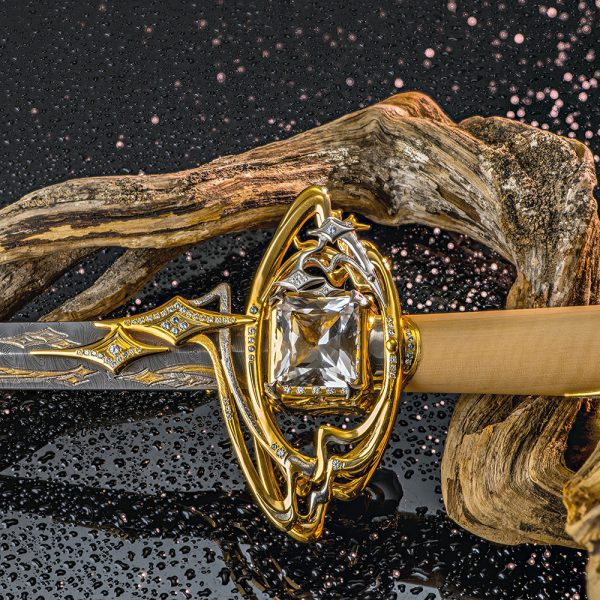 Garda dagger with large rock crystal. Selling Daggers in Bahrain