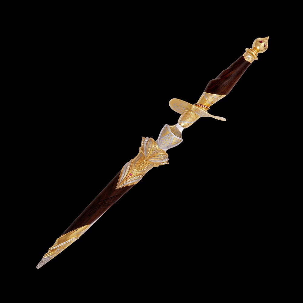 Dagger (Stiletto) Queen of Spades - a luxurious gift for a girl leader
