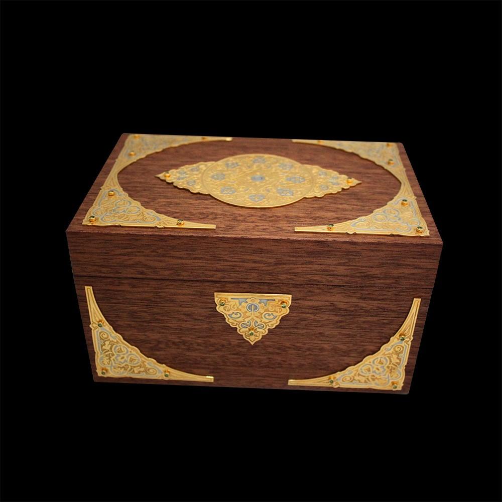 Stylish box made of wood.