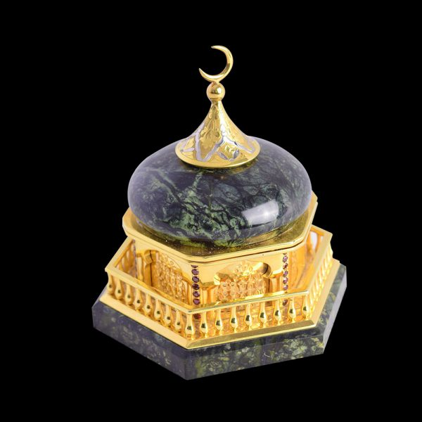 Jade jewelry box mosque. An interior item will emphasize a commitment to faith and traditions, as well as respectability of the owner.