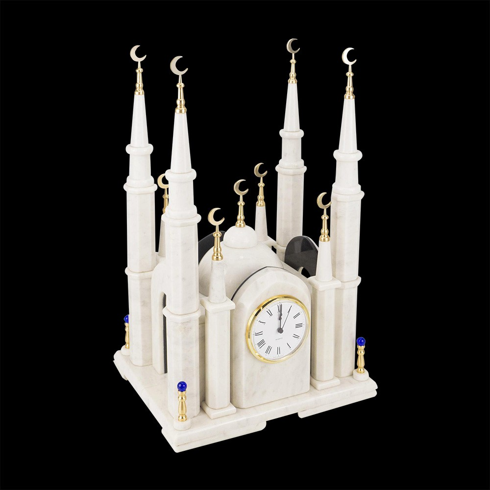 A large stone mosque made of white marble. An exclusive piece of jewelry of interest to your study or home. Emphasize commitment to faith and create a place of power.
