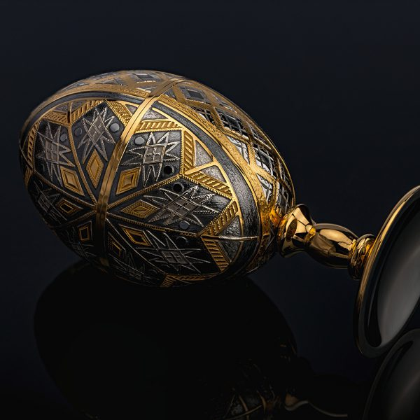 Luxurious handmade jewelry egg. The work of Russian masters.