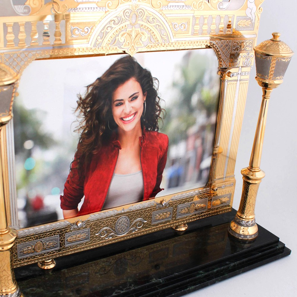 Gift photo frame. Great gift for a girl.