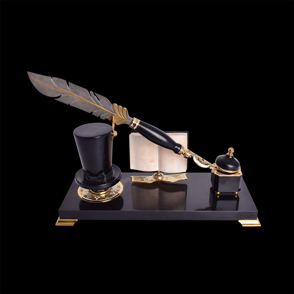 Souvenir set for decorating the interior of your office. Writing set with a steel pen.