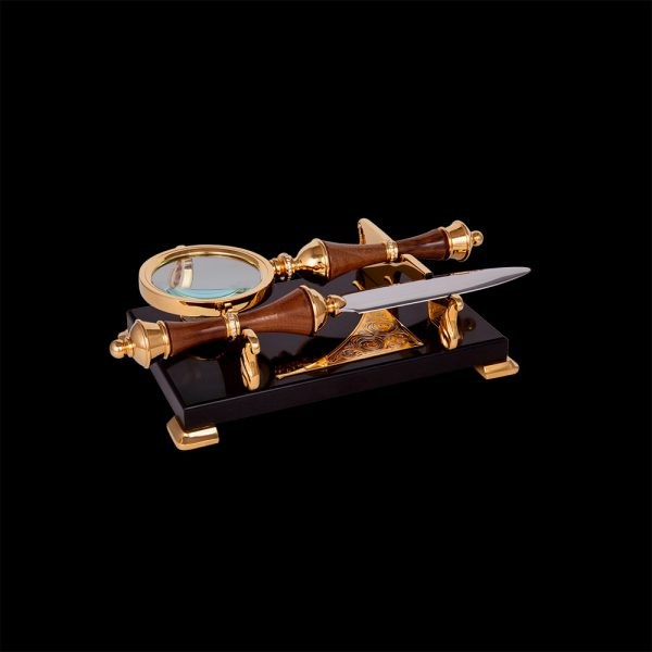 Set - Sherlock. Magnifier and knife with wooden handles. The set is decorated with transparent crystals and Zlatoust engraving.